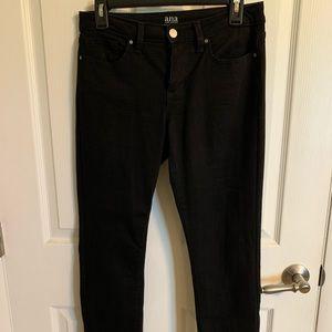 Women's Black Cropped Jeans